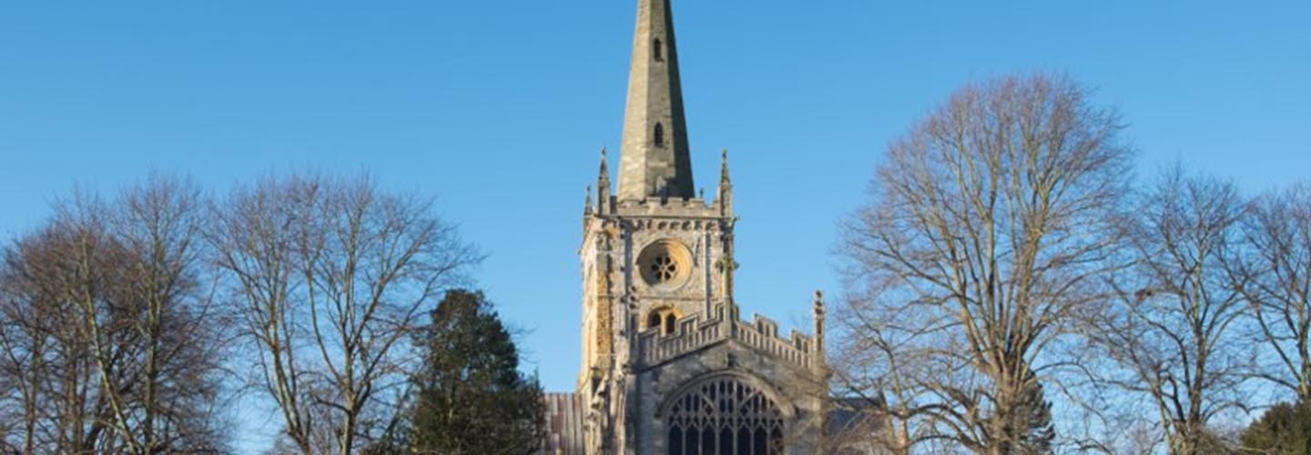 Flock to the Holy Trinity Church with Chiltern Railways