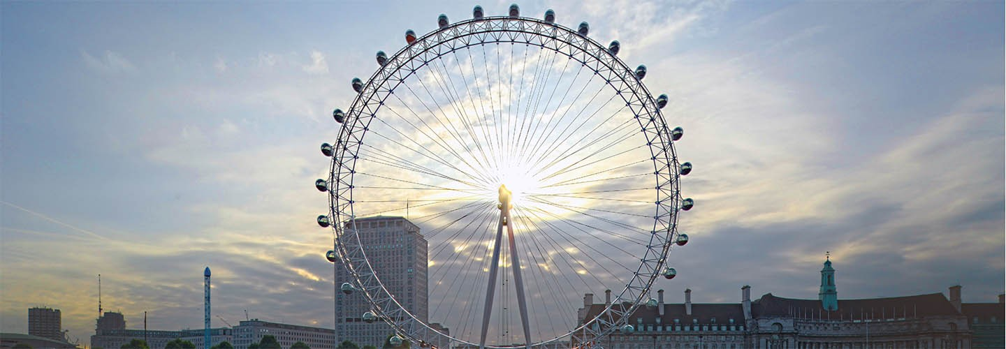 Visit one of the Coca Cola London Eye, one of the UK's top attractions with Chiltern Railways
