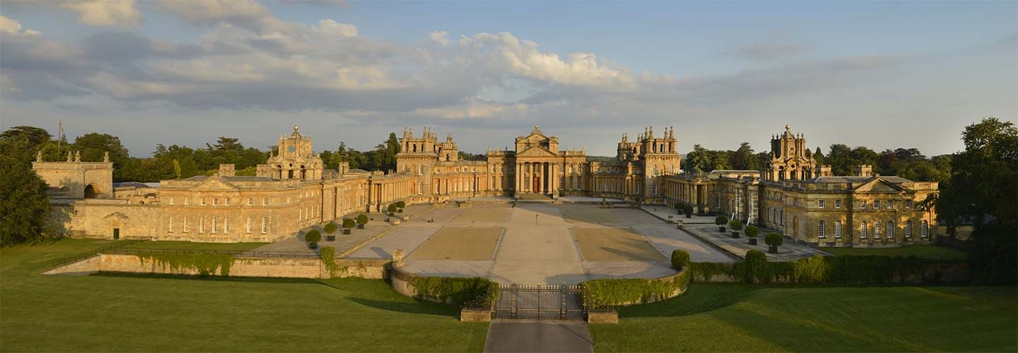 Blenheim Palace with Chiltern Railways