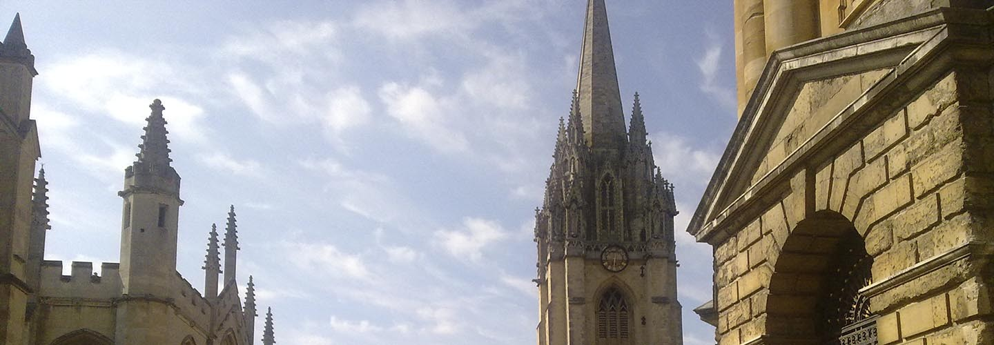 Flock to Oxford's Church of St Mary the Virgin with Chiltern Railways
