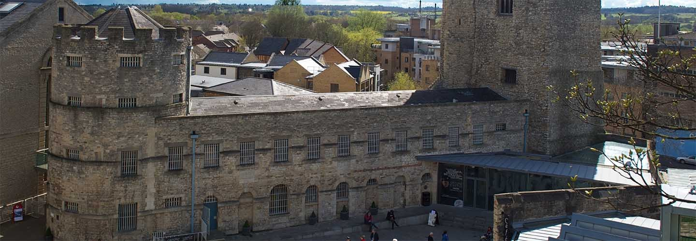 Oxford Prison with Chiltern Railways